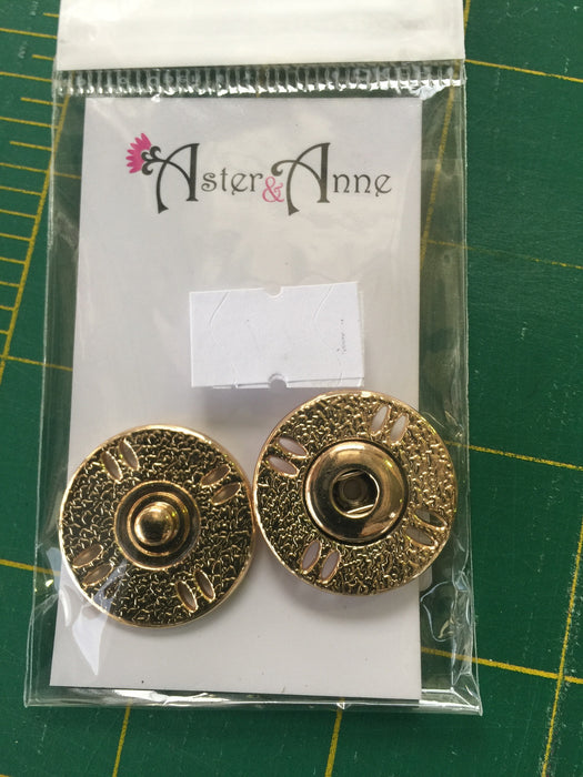 26mm Gold Snap