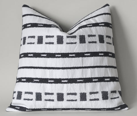 Mudcloth Pillow Cover / Ivory & Black / Mudcloth Decorative Throw Pillow - Annabel Bleu