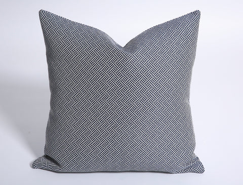 Navy Grasscloth Cushion Cover / Navy White Pillow / Madcap Cottage Pillow / Small scale Pillow / Navy Cushion Cover - Annabel Bleu