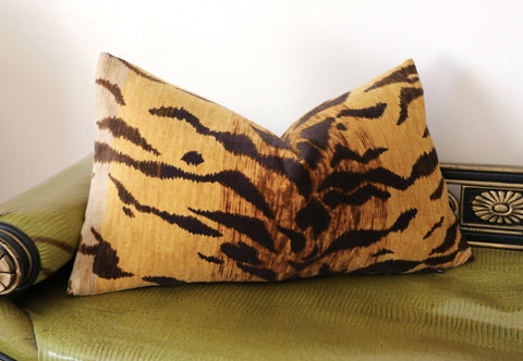 Tigre Velvet Cushion Cover / Velvet Cheetah Pillow / Animal Print ZIPPER Pillow Cover / Jamil Natural / Hollywood Regency Pillow Cover - Annabel Bleu