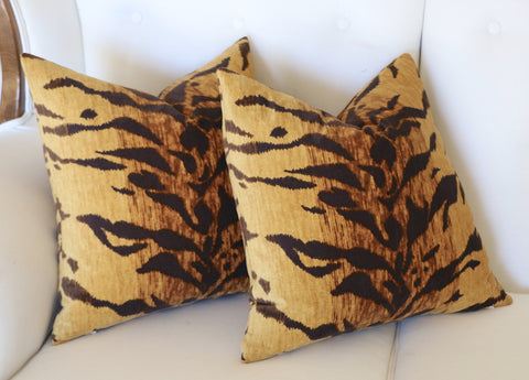 Velvet Tiger Cushion Cover / Velvet Leopard Pillow / Animal Print Pillow Cover / Jamil Natural Pillow / Beverly Hills Hotel Pillow - Annabel Bleu