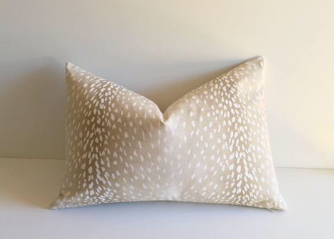 Fawn: Ombré Animal Print Pillow Cover - Annabel Bleu