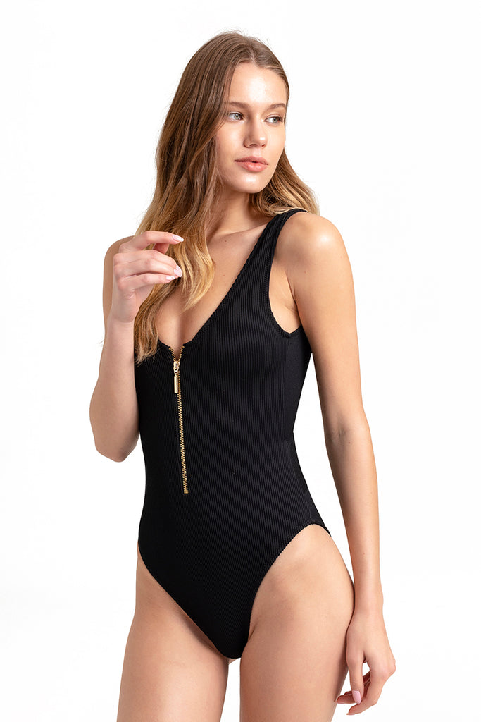 KIARA ZIPPER ONE PIECE