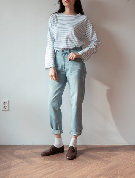 Light Blue Jeans Spring Outfit - LOCOLIPS