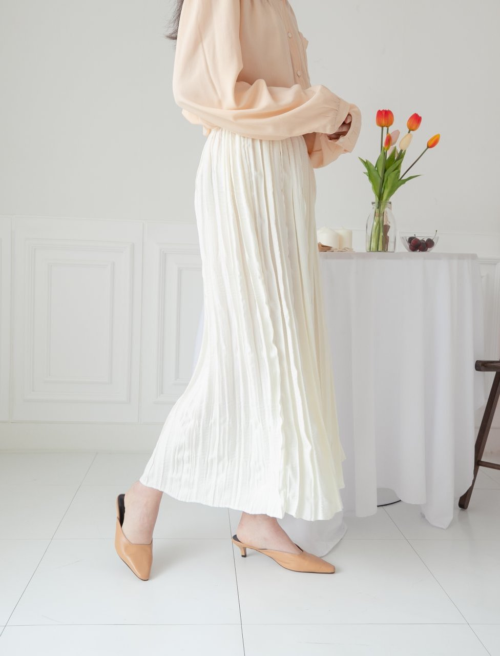 Wave pleated long skirt - LOCOLIPS