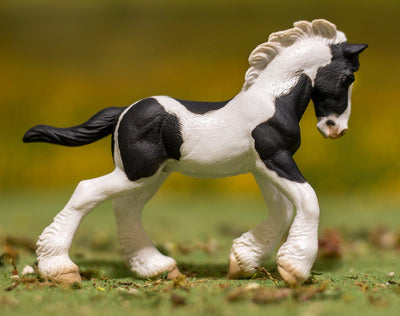 Black & White Piebald Gypsy Foal Model Breyer