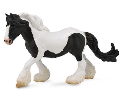 Black & White Piebald Gypsy Mare Model Breyer