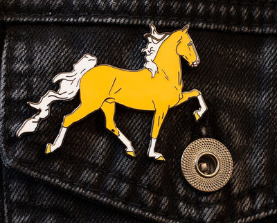 Breyer Saddlebred Deluxe Enamel Pin Model Breyer