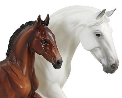 Fantasia Del C and Gozosa Model Breyer