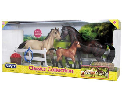 Sport Horse Family Model Breyer Retired