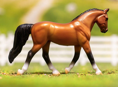 Stablemates Bay Warmblood Model Breyer