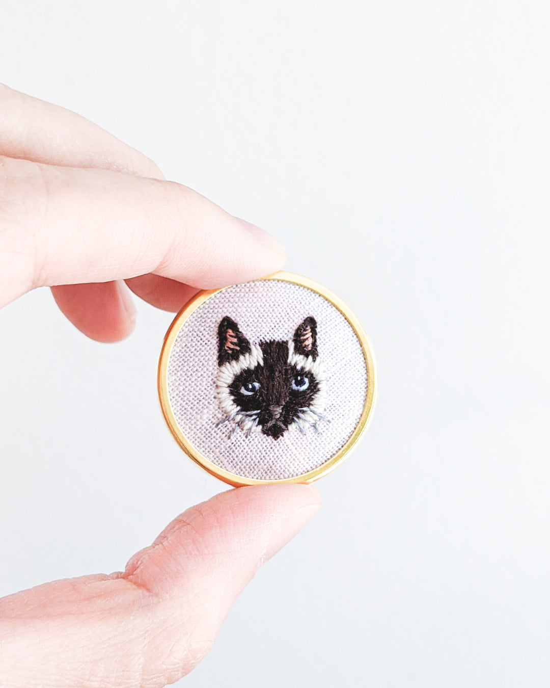 Embroidered Cat Pin - Siamese, seal-point