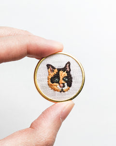 Embroidered Cat Pin - Calico