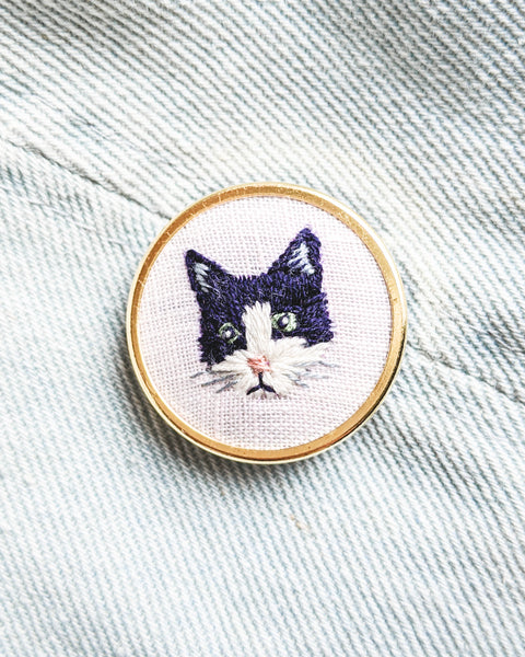 Embroidered Cat Pin - Tuxedo