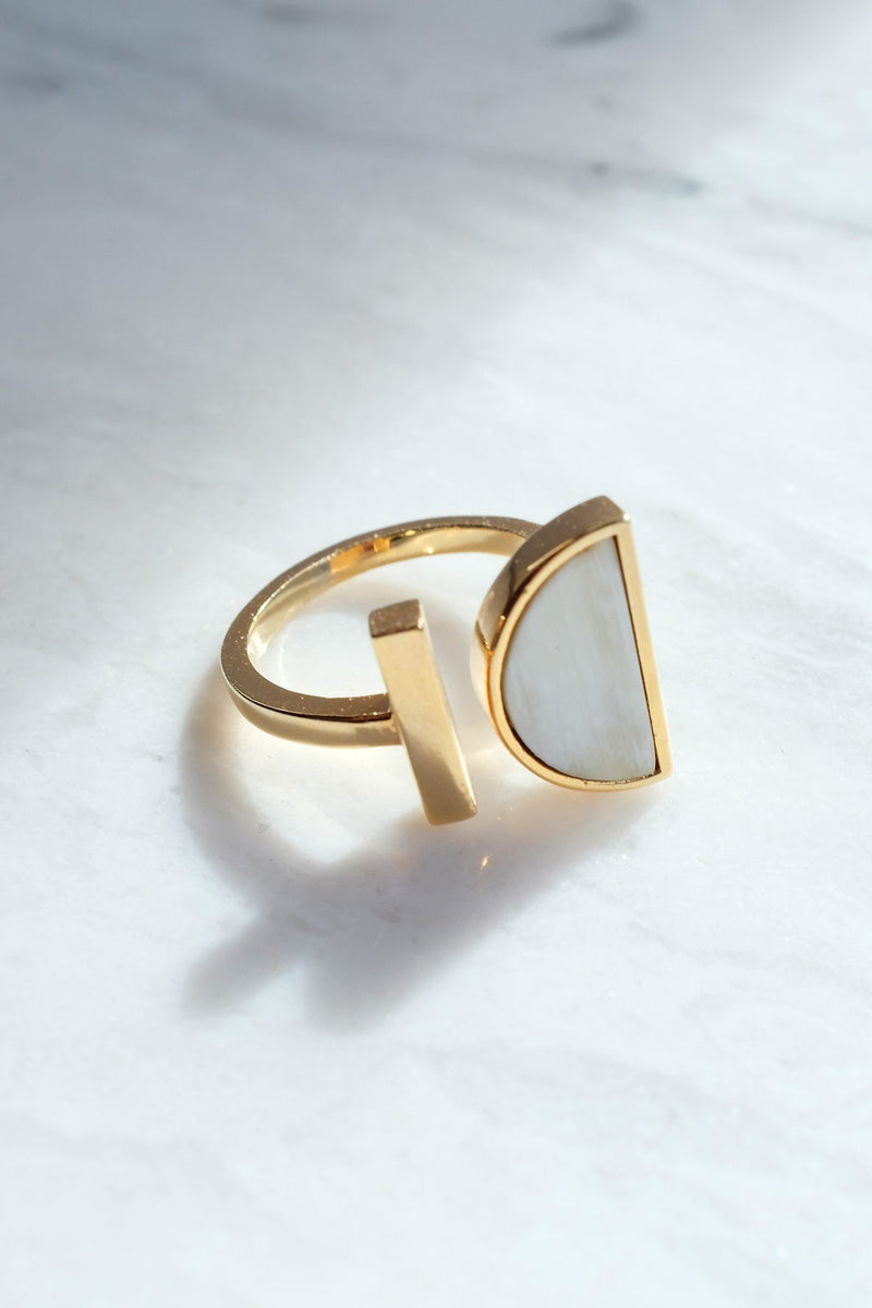 Ve Tinh 16K Gold-Plated Brass Buffalo Horn Crescent and Bar Ring
