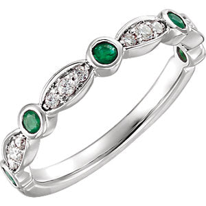 14K White Emerald & 1/6 CTW Diamond Ring