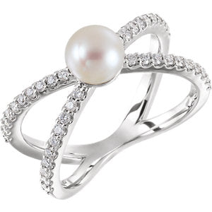 14K White Freshwater Cultured Pearl & 1/3 CTW Diamond Ring