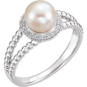 Sterling Silver Freshwater Cultured Pearl & 1/8 CTW Diamond Ring