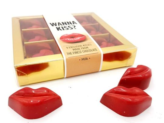 Wanna Kiss? 9 rode chocolade kusjes