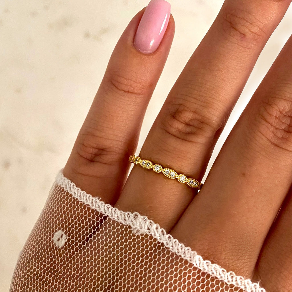 Dainty Ring - Jewelryqueen.de