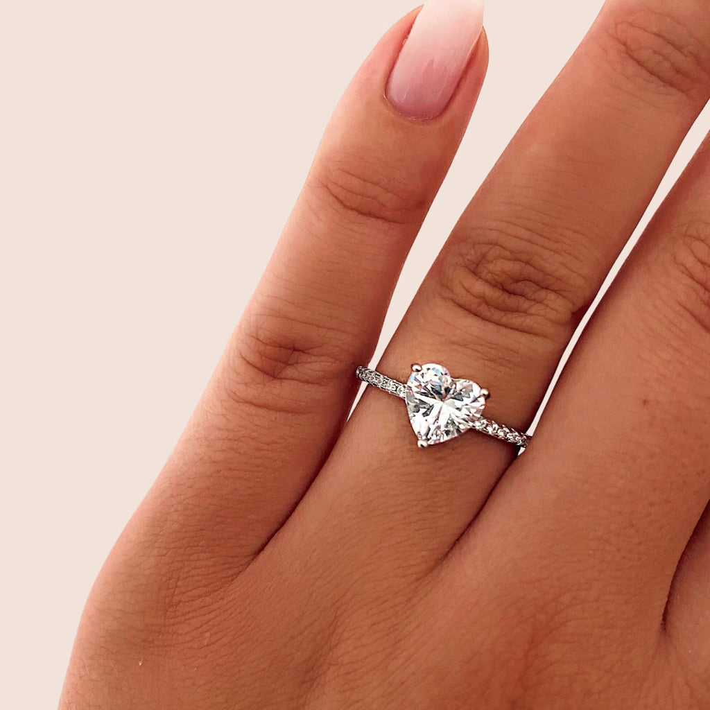 Diamond Heart Ring - Jewelryqueen.de