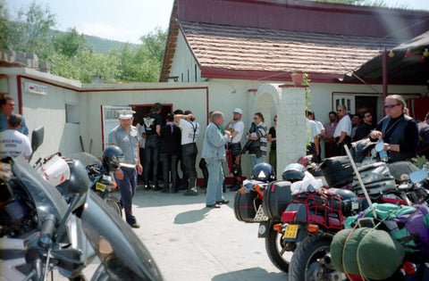 The Ride from Berlin to Cyprus 1996 to make a Point – Warm