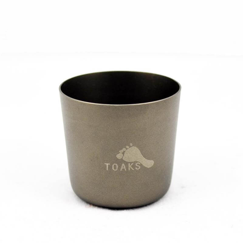 Toaks Titanium Whiskey Flask and shot glasses