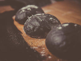 Charcoal activated dough from Delivita