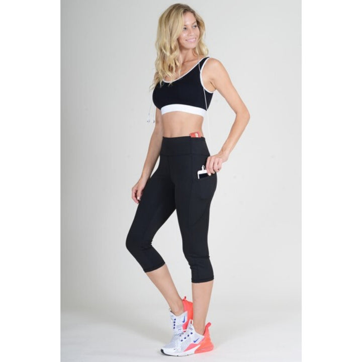 Four Pocket Capri Leggings