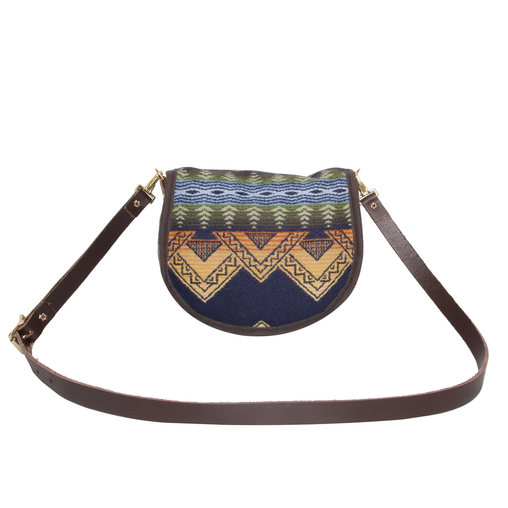 Cascade Small Shell Purse