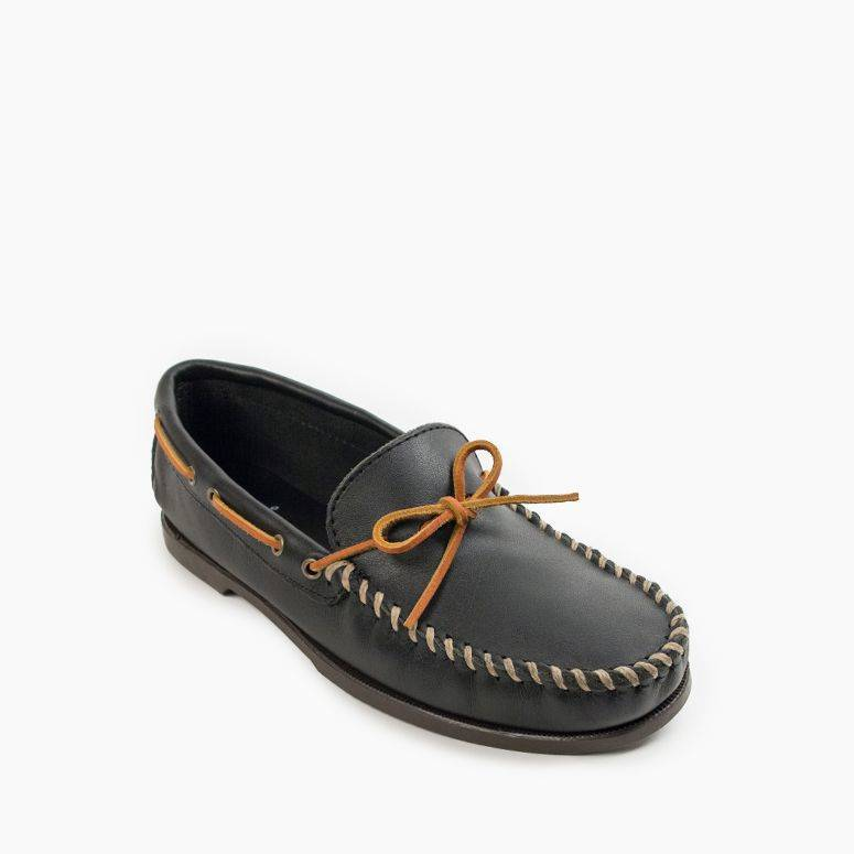 Men's Camp Moc Men's Footwear Black / 8 - Minnetonka Moccasin