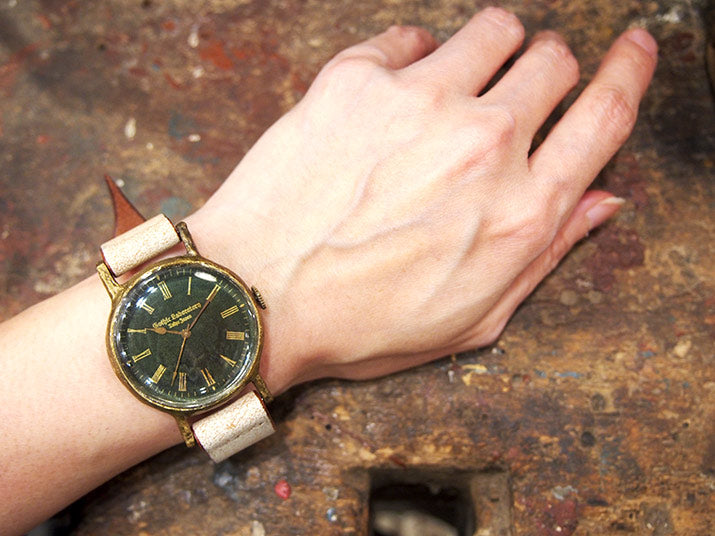 Gothic Laboratory | Classic Wristwatch Jukai (Green) | Original Handmade Watches from Japan