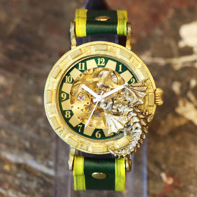 "Dragon's Wristwatch ""Curious Dragon"" (Green) 