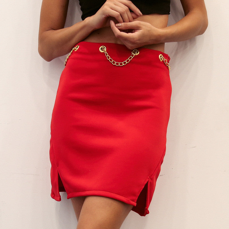 Split skirt with chain