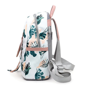 Fun Print Holiday Travel Bag - The Land of Florals
