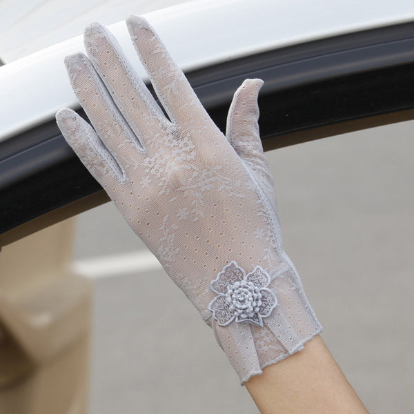 Transparent Silk Lace Floral Design Gloves