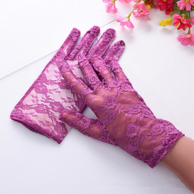 Deluxe French-Inspired Floral Lace Gloves
