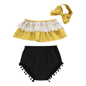 Vintage Style Pom Pom and Bow Set