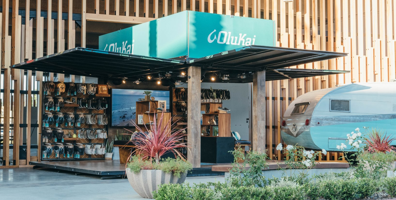 OluKai Aloha Pop-Up Shop