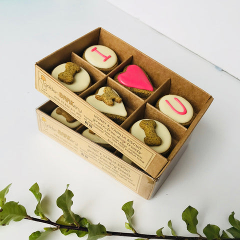 Valentine S Day Dog Treats I Heart U Dog Biscuits Golden Barkery