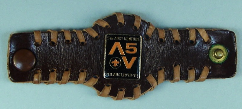 5th  Australian Venture Leather Neckerchief Slide
