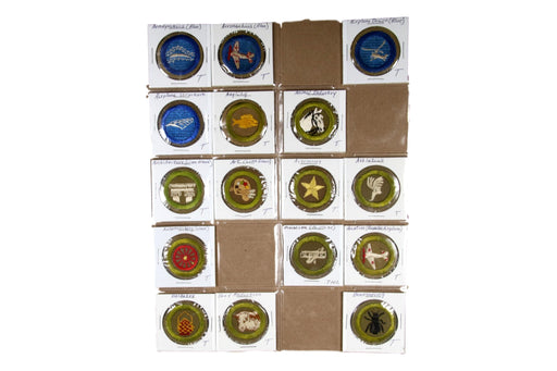 ! 1940s Merit Badge Collection 89 MBs (SOME MISSING)