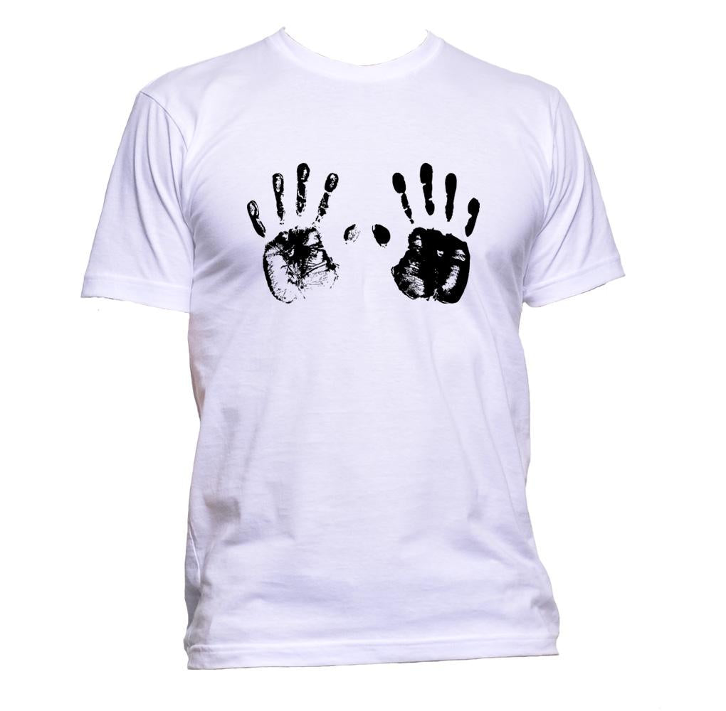 AppleWormDesign • Handprint gift - Men's T-Shirt •