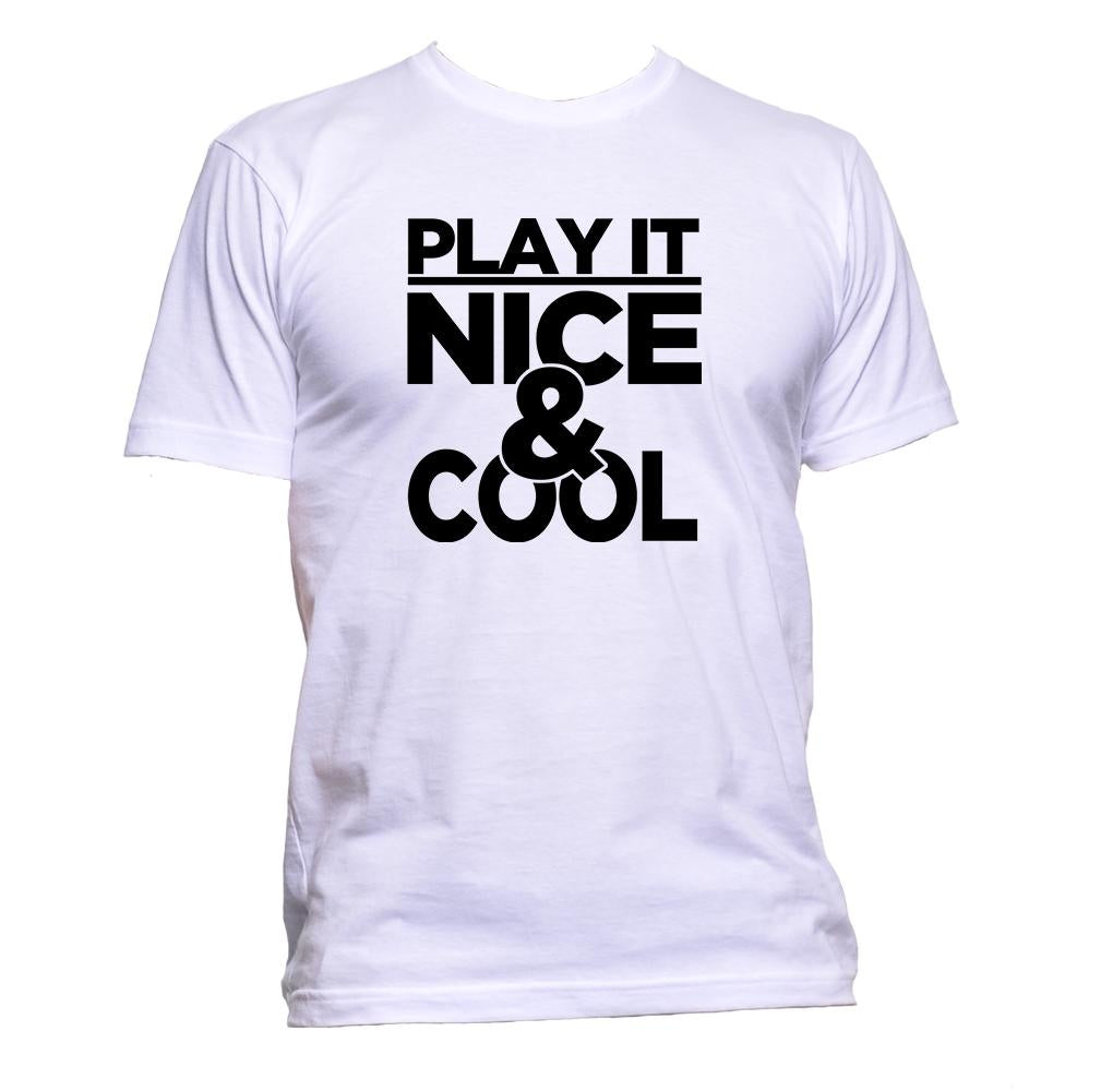 AppleWormDesign • Play It Nice & Cool gift - Men's T-Shirt •