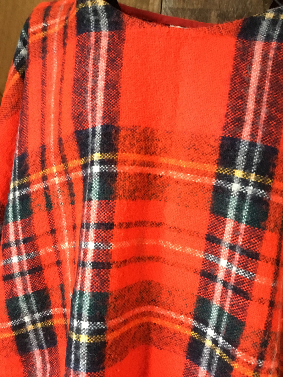 Vintage Plaid Fringe Cape