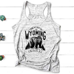 Bear Living My Best Life in Wyoming Marble Women's Flowy Racerback Tank