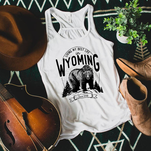 Bear Living My Best Life in Wyoming Women's Flowy Racerback Tank