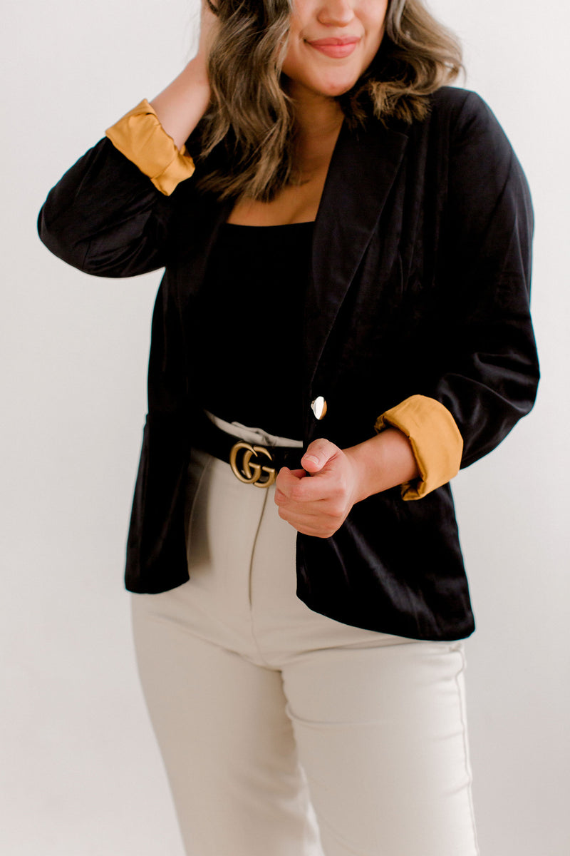 womens black velvet blazer