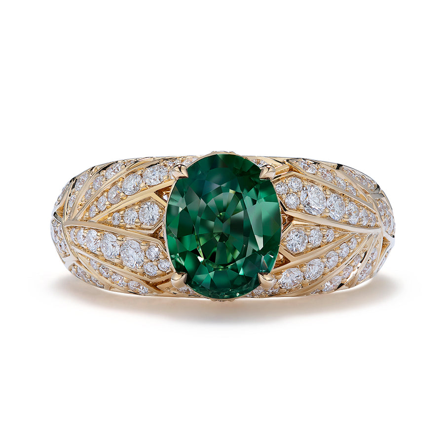 Alexandrite Ring with D Flawless Diamonds set in 18K Yellow Gold