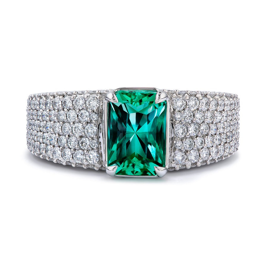 No Oil Muzo Colombian Emerald Ring with D Flawless Diamonds set in Platinum